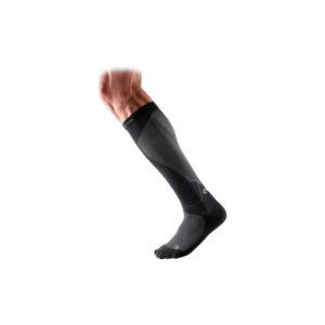 McDavid - skarpety uciskowe elite recovery compression socks (czarne) / 8831